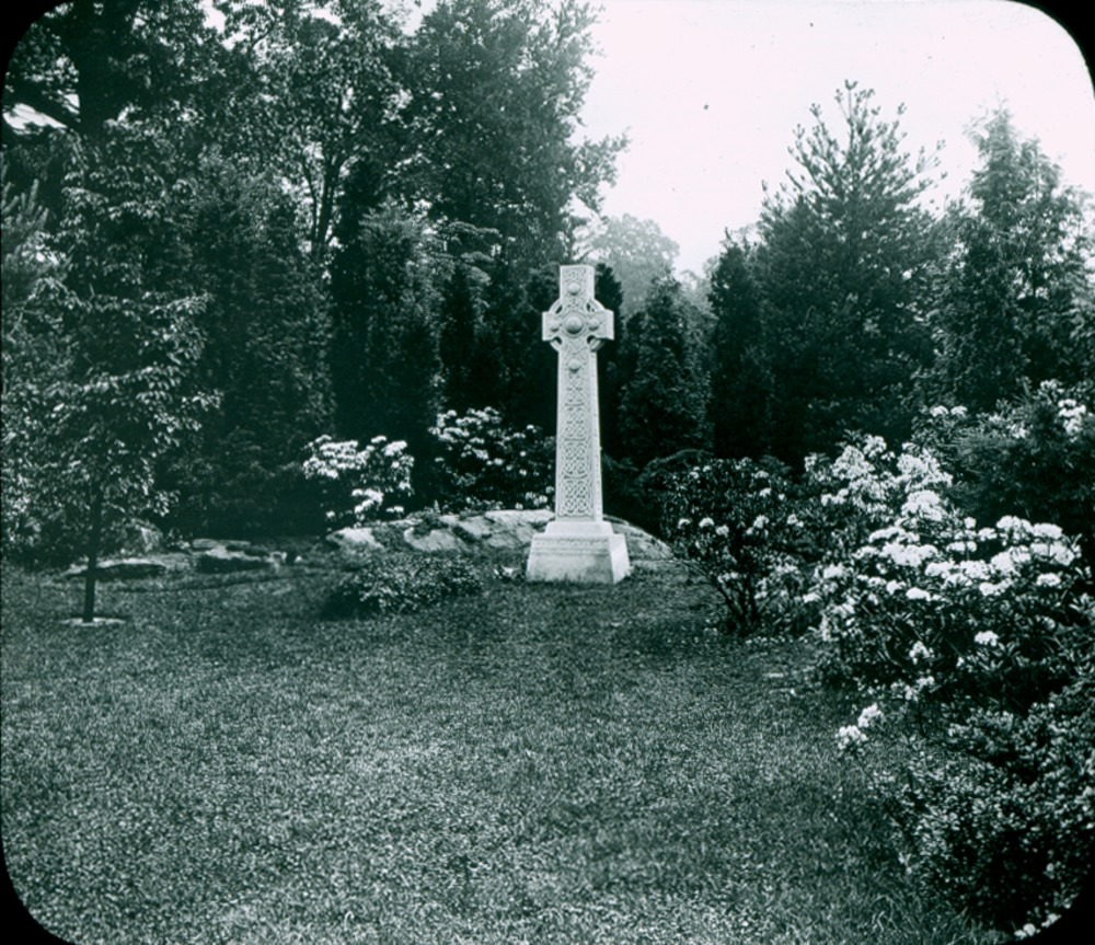 To illustrate paper on cemeteries by Zach (landscaped cemetery memorial markers), ca. 1925