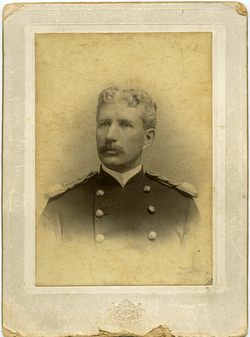 Photographs: Dickinson, Walter Mason (Amherst, Mass.), in army uniform, linking to the digital object