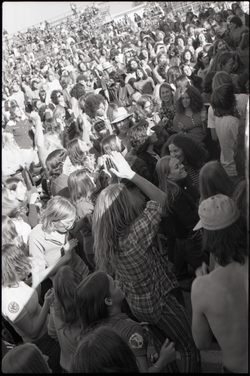 Hollywood Speedway Rock Festival: shot of crowd (Pembroke Pines, Fla.), linking to the digital object