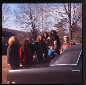 Montague Farm: Chuck, Nina, four men, Janis, two babies, Nina's mother, standing by car