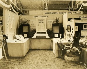 Massachusetts Agricultural College: Home Economics booth