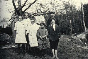 Family from Wendell (unidentified)