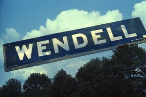 Wendell (Mass.) Bicentennial Celebration: Wendell road sign