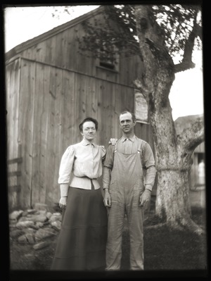 Frederick E. B. Alden and wife (Greenwich, Mass.)