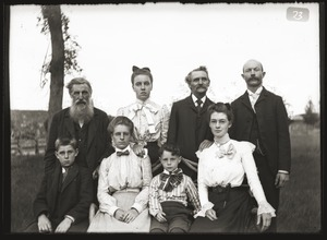 Unidentified family (Greenwich, Mass.)