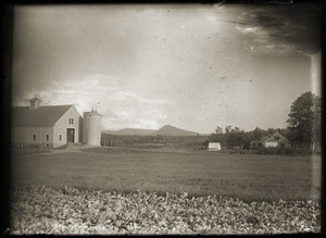 Hillside School: fields and barn (Greenwich, Mass.)