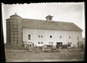 Hillside School: main barn (Greenwich, Mass.)