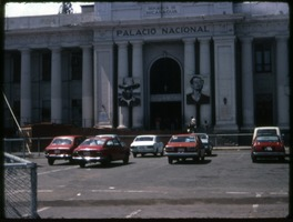 First page of Plaza Cars parked in front of the Palacio Nacional