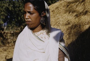 Thumbnail of Oraon woman