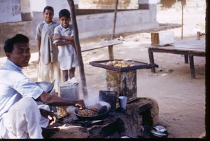Thumbnail of Cooking at a market in Mangadu