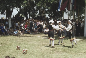 Thumbnail of Mariovo dancers at Trnovo celebration