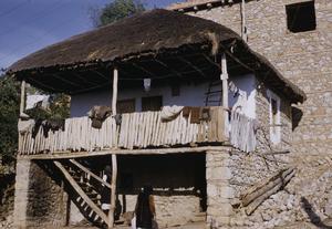 Ramne dwelling