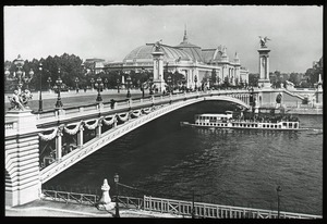 Thumbnail of Pont Alexandre III and Grand Palais
