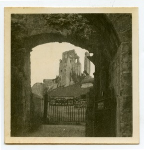 Thumbnail of Corfe Castle through an archway