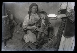 Thumbnail of Traditional medicine Treatment for the eyes [od oczi]: mother and child awaiting treatment