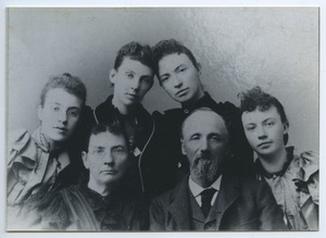 Thumbnail of Frantz family portrait