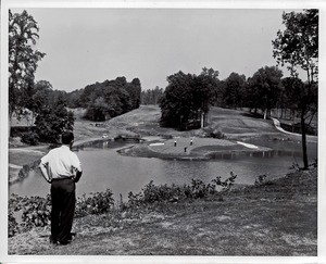 Thumbnail of Photograph of The Golden Horseshoe Golf Course
