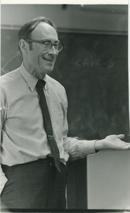 Thumbnail of Sidney Lipshires in a Manchester Community College classroom