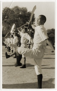 Thumbnail of Chinese soldiers, broadsword practice