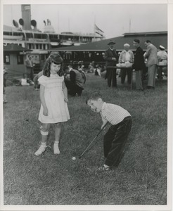 Thumbnail of Billy Bruckner golfing