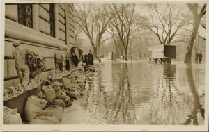 Thumbnail of Aftermath of the great Hartford Flood Placing sandbags to protect a building (Pulaski Circle?)