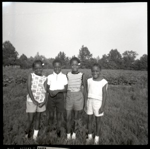 Thumbnail of Water Reaves' children, outside Freedom School