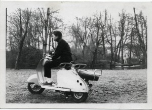 Thumbnail of Lambretta in the Bois de Boulogne