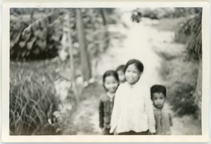Thumbnail of Children on village path, Thái Bình province
