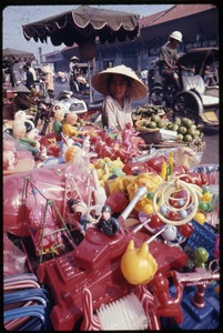 Thumbnail of Toy seller