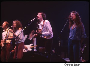 Thumbnail of MUSE concert and rally: (from left) John Hall, Carly Simon, Will McFarlane, James Taylor, and Bonnie Raitt performing