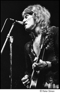 Thumbnail of Alvin Lee performing with Ten Years After