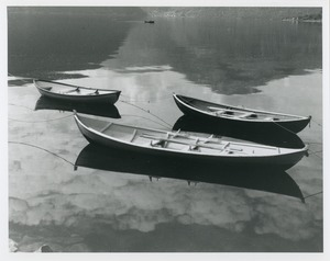 Thumbnail of 3 small boats and 1 more