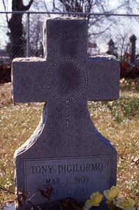 Thumbnail of St. Joseph's Cemetery (Shreveport, La.): Digilormo, Tony, 1983
