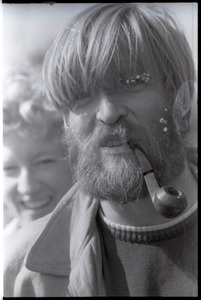 Thumbnail of Bearded man with pipe
