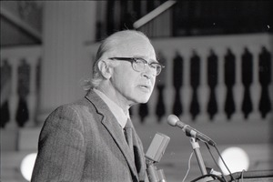 Thumbnail of Demonstration at Faneuil Hall to protest indictment of the Berrigan brothers: George Wald speaking