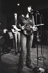 Thumbnail of Linda Ronstadt at Paul's Mall: Ronstadt performing with Gib Guilbeau on guitar