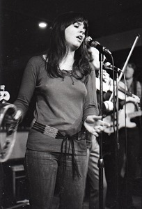 Thumbnail of Linda Ronstadt at Paul's Mall: Ronstadt performing with Gib Guilbeau on fiddle
