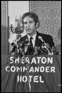 Thumbnail of Daniel Ellsberg at the podium, speaking at a press conference following the       Supreme Court decision to allow publication of the Pentagon Papers View from directly in front