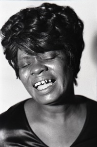 Thumbnail of Koko Taylor backstage at Joe's Place