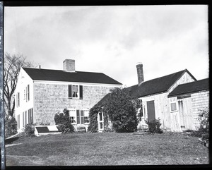 Thumbnail of Donald W. Barnes: shingle-sided house