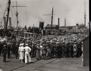 Thumbnail of Departure of Donald B. MacMillan for the arctic Crowd gathered on the dock to see MacMillan off
