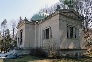 Thumbnail of Field Memorial Library: 3/4 view of the library exterior from the south