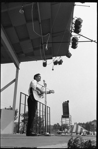 Thumbnail of Bob Davenport performing on stage, Newport Folk Festival