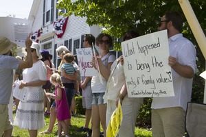 Thumbnail of Pro-immigration rally outside the Chatham town offices building: taken at the 'Families Belong Together' protest against the Trump             administration's immigration policies