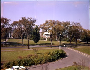 Thumbnail of Ellis Drive with Stockbridge Hall and Draper Hall in background