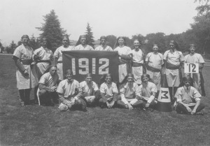 Thumbnail of Class of 1912 holding banner at 11th reunion