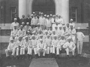 Thumbnail of Class of 1912 at Flint Lab