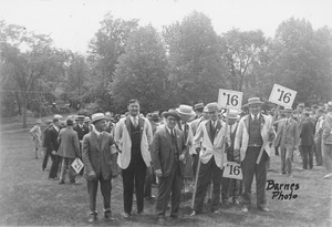 Thumbnail of Class of 1916 at 10th reunion