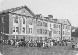 Thumbnail of Class Day in front of Goessmann Laboratory