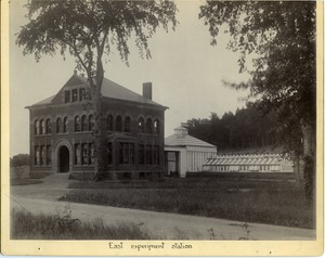 Thumbnail of 'Laboratory for the study of plant disease' (East Experiment Station) view of front of the building from the southwest, with greenhouses in the rear